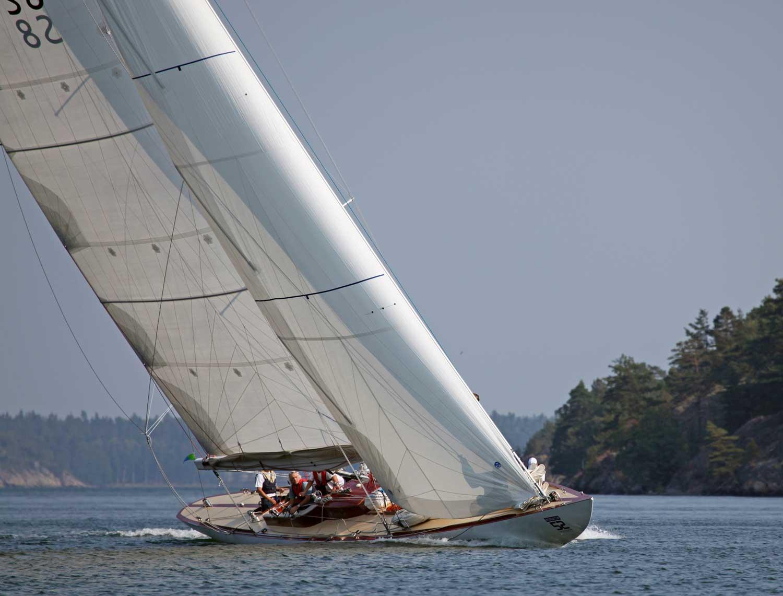 Segla ÅF Offshore Race på Britt-Marie