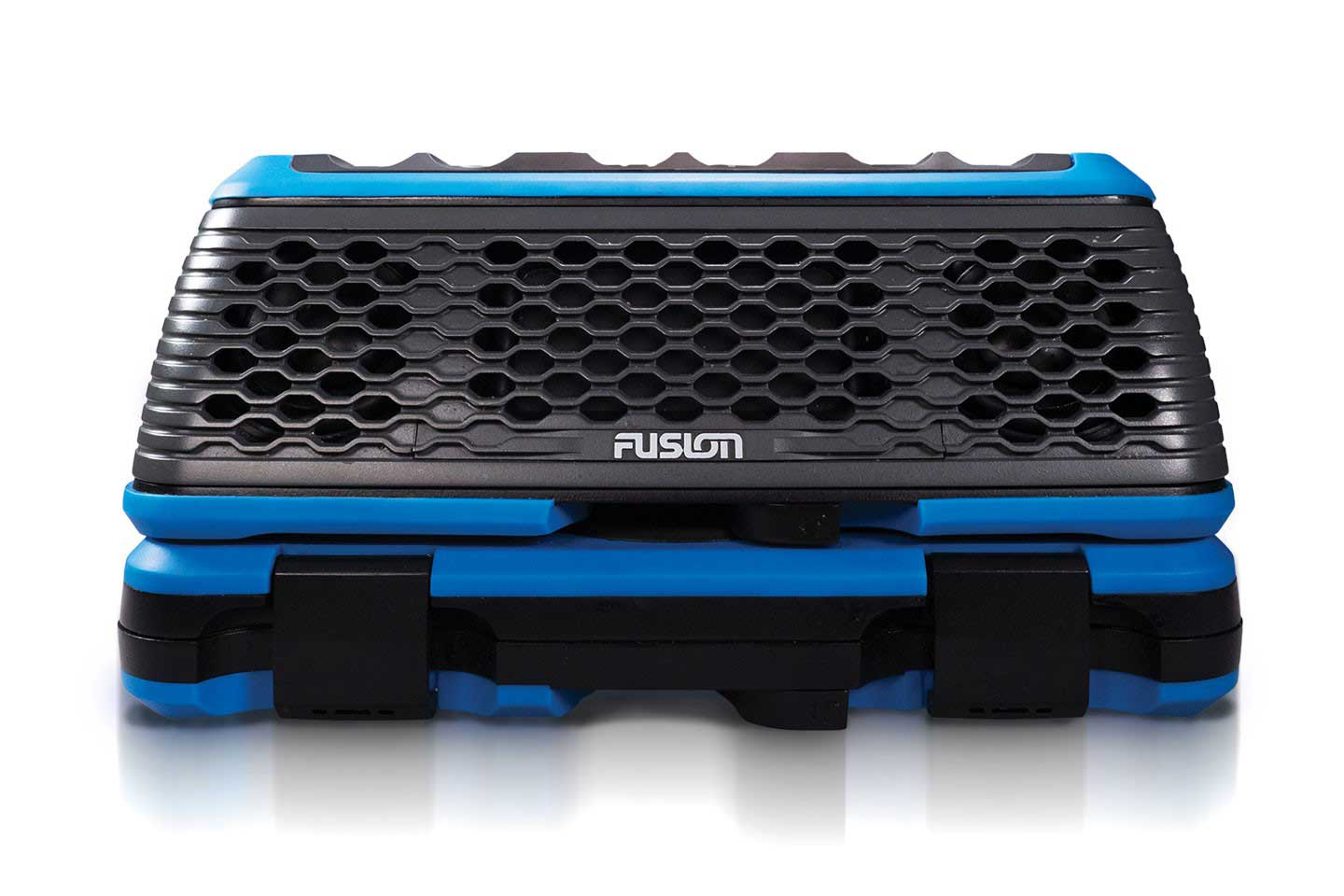 cgr16-fusion-stereoactive-portable-watersport-stereo-and-activesafe-kit-fusion-stereo-active