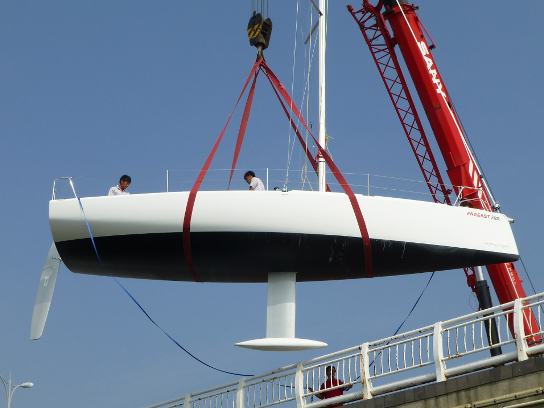 fareast28R-sailing-1