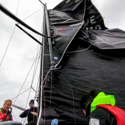 farr30-dropped-mast