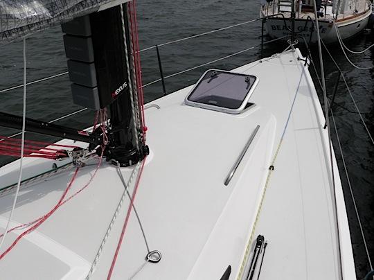 j111-1-deck-1.jpg