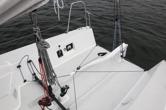 j88-newport-aft-1