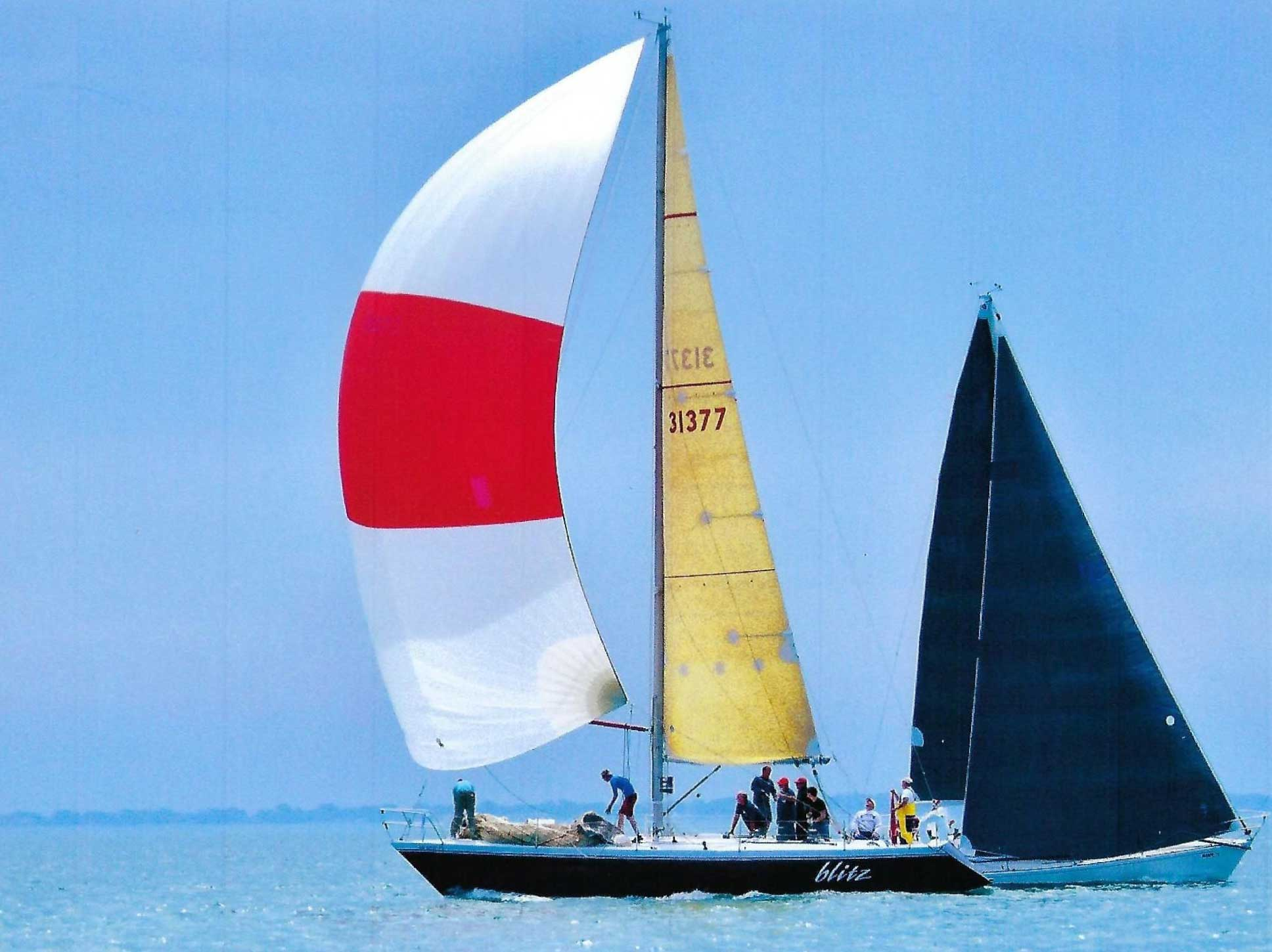 40-fots kappseglingsbåt för teambuilding