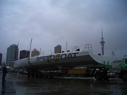 speedboat_01pg.jpg