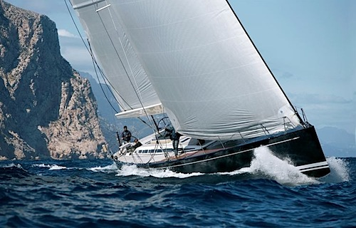 Swan-90-Starboard-Bow.JPG