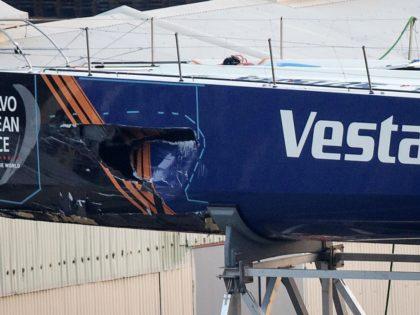 Vestas missar två ben?
